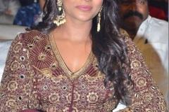 Aishwarya-Rajesh-latest-photos-8