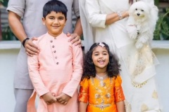 AlluArjun-Dussehra-celebrates-with-his-family-1