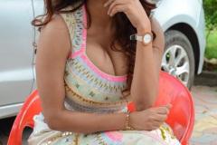 Anveshi-Jain-New-Photos-6