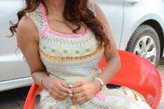 Anveshi-Jain-New-Photos-9