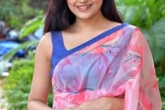 Avantika-Mishra-New-Images-11