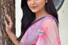 Avantika-Mishra-New-Images-13