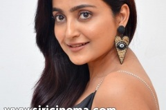 Avantika-Mishra-New-Stills-3
