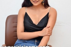 Avantika-Mishra-New-Stills-8