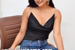 Avantika-Mishra-New-Stills-9
