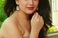 Ayesha-Singh-New-Photos-17