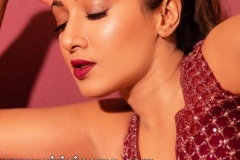 Catherine-Tresa-New-Photos-12