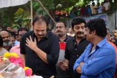 Celebrities-pay-homage-to-Venu-Madhav-20