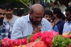 Celebrities-pay-homage-to-Venu-Madhav-3