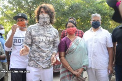 Celebs.-Voteing-GHMC-Elections-6