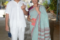 Celebs.-Voteing-GHMC-Elections-9