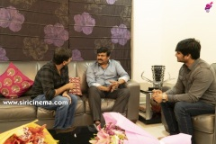 Chiranjeevi-As-Special-Guest-For-Arjun-Suravaram-Pre-Release-Event-2