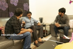 Chiranjeevi-As-Special-Guest-For-Arjun-Suravaram-Pre-Release-Event-5
