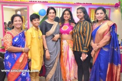 Chota-K.-Naidu-Launched-by-Pinks-N-Bloos-Beauty-Salon-20
