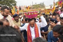 CM-KCR-went-to-Medaram-to-Visit-Sammakka-and-Saaralamma-1