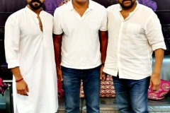 Congratulations-to-RamCharan-and-Surenderreddy-and-team-8