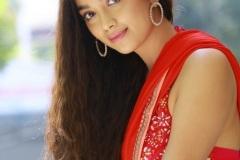 Digangana-Suryavanshi-new-photos-13