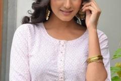 Divya-Rao-new-photos-12
