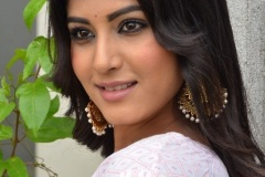 Divya-Rao-new-photos-6