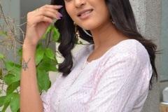 Divya-Rao-new-photos-7