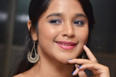 Elsa-Ghosh-New-Photos-11