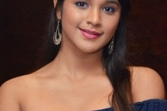 Elsa-Ghosh-New-Photos-5