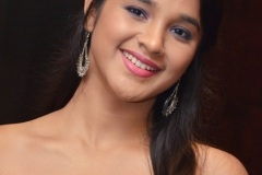 Elsa-Ghosh-New-Photos-8