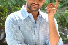 Evarikee-Cheppoddu-Hero-Rakesh-Varre-Interview-2