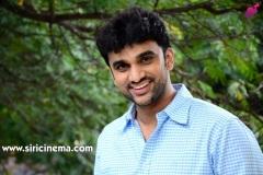 Evarikee-Cheppoddu-Hero-Rakesh-Varre-Interview-4