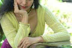 Gnana-Priya-New-Stills-10