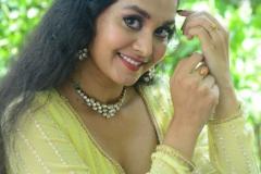 Gnana-Priya-New-Stills-12