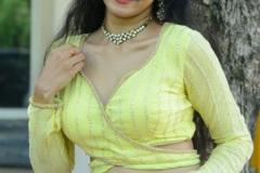 Gnana-Priya-New-Stills-8