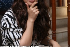 Hansika-New-Photos-17
