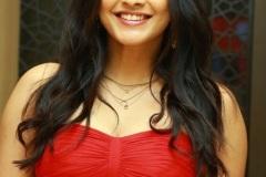 Hebah-Patel-new-photos-13