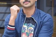 Hero-Sriram-Interview-Photos-1