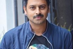 Hero-Sriram-Interview-Photos-8