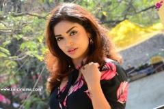 Karunya-Chowdary-new-photos-5