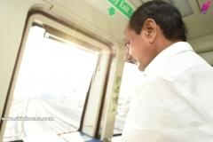 KCR-starts-metro-to-MGBS-from-Jubli-station-1