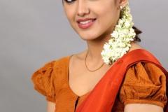 Malavika-Sharma-New-Photos-15