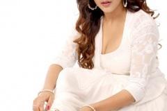 Malvika-Sharma-new-pics-3