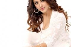 Malvika-Sharma-new-pics-5