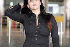 Mannara-Chopra-New-Photos-8