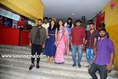 Meeku-Matrame-Chebuta-Movie-Team-HYD-Theaters-Photos-6