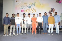 Mr-and-Miss-movie-Trailer-Launch-10