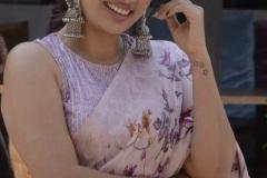 Nanditha-Swetha-Interview-Photos-4