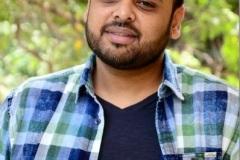 Naveen-Vijaya-Krishna-Interview-Photos-10
