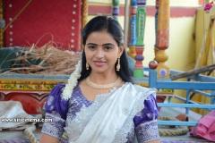 Naveena-Reddy-New-Photos-9