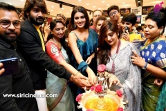 Nidhhi-Agerwal-and-Karthikeya-launch-KLM-Shopping-Mall-22