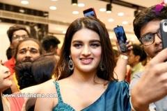 Nidhhi-Agerwal-and-Karthikeya-launch-KLM-Shopping-Mall-23