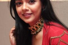 Nithya-Shetty-new-phoros-3